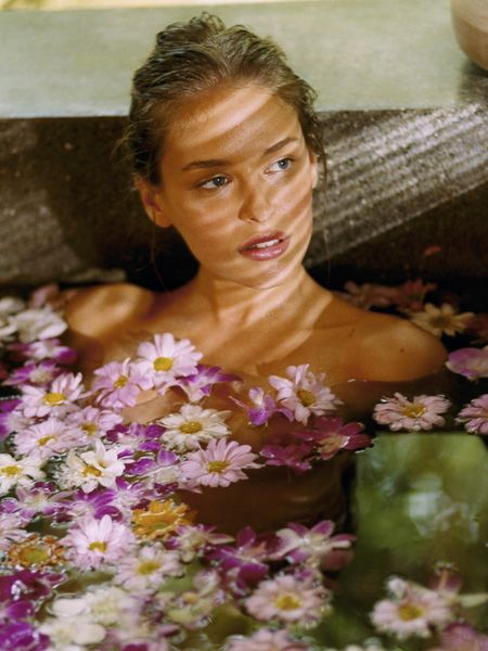 Treats yourself to blooms that will last more than a week with these floral-inspired beauty boosters<br />