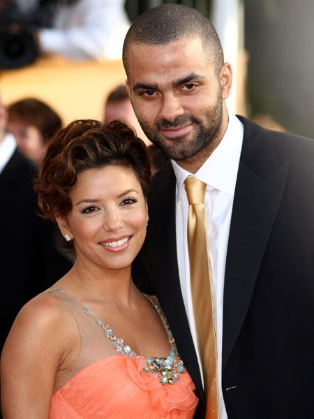 The buff basketball player and his beautiful wife, Eva, are equal earners as they contribute almost the same amount of cash to their joint account. Eva rakes in $9 million a year for her dalliances in <em>Desperate Housewives</em> combined with her advertising deals. Tony also pumps up his San Antonio Spurs pay packet with countless sports endorsement deals that top off the couple's $22.5 million money pot.  <br />
