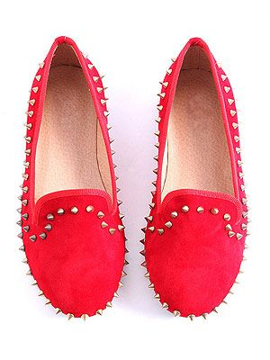 "<p>The perfect prezzie for any discerning lounge lizard; even a die-hard heels fan will want to slip into these scarlet spike outlined shoes.</p> <p>Jazmyn spiked slipper shoes, £26.99, <a href=""http://www.missguided.co.uk/catalog/product/view/id/50439/s/jazmyn-spiked-slipper-shoes/category/459/"" target=""_blank"">Missguided </a></p>"