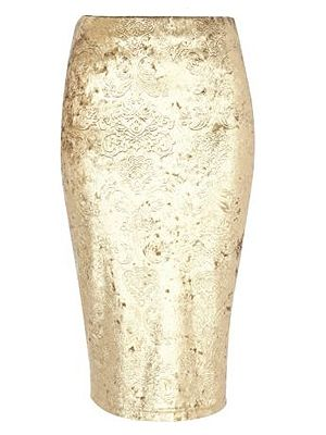 "<p>Velvet, baroque and gold? Wow, we're good to you.<br /> <br /> Pencil skirt, £25, <a href=""http://www.riverisland.com/women/skirts/tube--pencil-skirts/gold-baroque-velvet-pencil-skirt-625930"" target=""_blank"">River Island</a></p>"