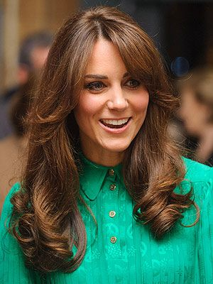 <p>Mum-to-be Kate Middleton just got an awesome 70s-inspired Sarah Fawcett fringe haircut. This retro hippie hairstyle is definitely going to be a hot trend for 2013 - we're definitely going to try it out. Will you?</p>