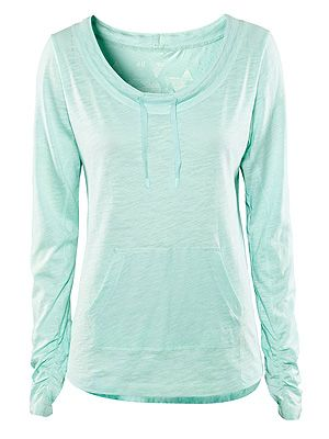 "<p>Oooh, pretty! Cover up pre or post workout with this soft jersey top from H&M. Or... wear whilst lounging around the house.</p> <p>We won't tell anyone... Jersey top, £12.99, <a href=""http://www.hm.com/gb/product/03919?article=03919-E#article=03919-G%20"" target=""_blank"">H&M </a></p>"