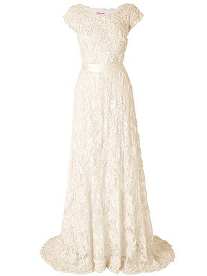 """<p>Carolina Wedding Dress, £550, <a href=""""http://www.phase-eight.co.uk/fcp/departmenthome/wedding/weddingboutique?resetFilters=true"""" target=""""_blank"""">Phase Eight </a></p>"""