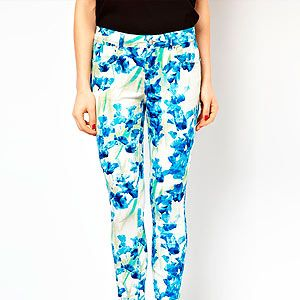 <p>With this miserable cold weather only one thing will do to cheer us up. These gorgeous bright blue iris print Karen Millen trousers. Best worn with a print blouse and neon heels.</p>