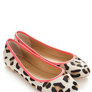 """<p>We can't wait to ditch our boots for ballerinas! We'll be jazzing up our spring wardrobe with these comfy-looking yet stylish leopard print ballerinas with contrasting neon trim from Accessorize.</p><p>Ballerinas, £32, <a href=""""http://uk.accessorize.com/view/product/uk_catalog/acc_3,acc_3.2/3953942337"""" target=""""_blank"""">Accessorize</a></p>"""