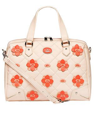"<p>You can never have too much floral in your wardrobe in our opinion. Which is why we'll be adding this pretty tan zip shopper with coral flowers to our collection.</p> <p>Shopper, £65, <a href=""http://www.dorothyperkins.com/webapp/wcs/stores/servlet/ProductDisplay?beginIndex=201&viewAllFlag=&catalogId=33053&storeId=12552&productId=9861364&langId=-1&sort_field=Relevance&categoryId=208614&parent_categoryId=208596&pageSize=200"" target=""_blank"">Dorothy Perkins</a></p>"