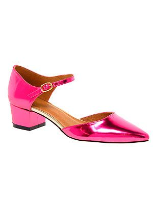 <p>These hot pink metallic Mary Janes look so comfie and pretty you'll take them with you everywhere. With cropped trousers or dresses, they're bound to go with everything.</p>