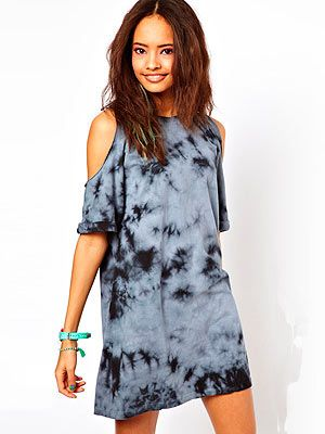 "<p>There's still time to sort out your festival wardrobe ladies! This Asos shift dress with cold shoulder is perfect to throw over some ripped jeans or by itself with some sandals. Feel free to throw in a trilby or flowery headband too.</p> <p>Dress, £28, <a href=""http://www.asos.com/ASOS-Petite/ASOS-PETITE-Shift-Dress-In-Tie-Dye-With-Cold-Shoulder/Prod/pgeproduct.aspx?iid=2991339&cid=2623&sh=0&pge=0&pgesize=200&sort=-1&clr=Grey"" target=""_blank"">Asos</a></p>"