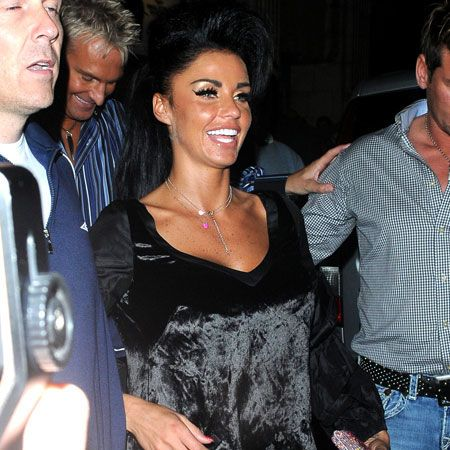 """<a target=""""_blank"""" href=""""tags/katie-price/"""">Katie Price</a> is obviously taking style tips from <a target=""""_blank"""" href=""""tags/amy-winehouse"""">Amy Winehouse</a> and tired to emulate the singer with her very own beehive as she celebrated <a target=""""_blank"""" href=""""tags/david-walliams"""">David Walliam's </a>38th birthday at the Electric Cinema in Notting Hill...  <br />"""