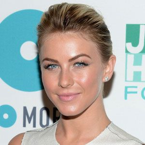 <p>Super slicked back hair looks great when you wear a minimal outfit and works really well when you add some height in at the front. Julianne Hough shows us how it's done with her hair sleeked back into a low bun with a tiny bit of height at the front. We love this look so much we're already sleeking our hair back!</p>