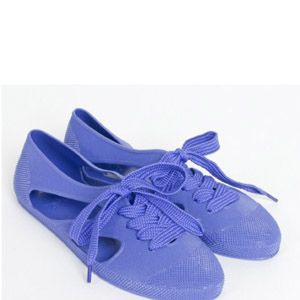 """<p>As worn by Twilight actress Kristen Stewart, F-Troupe's cute plastic lace-up bathing shoes will be as good on the beach as they will be at the bar, and come in a rainbow of colours.</p><p>Bathing shoes, £25, <a href=""""http://www.f-troupe.com/BATHING-SHOES__c-p-0-0-125.aspx"""" target=""""_blank"""">F-Troupe</a></p>"""