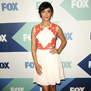 <p>Hannah Simone didn't look like a New Girl at the TCA summer party photo call!</p>
