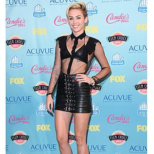 <p>Miley Cyrus was back to her bad-girl style for the 2013 Teen Choice Awards.</p><p>The We Can't Stop singer wore a sheer Saint Laurent shirt over a leather bralet with a black leather buckle-up mini skirt from the AW13 collection.</p><p>She wore Saint Laurent Janis pumps plus gold jewels&#x3B; standard rock chick behaviour from Miley, really - but did she deserve her Choice Style Icon award? We wonder...</p>