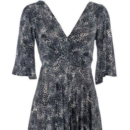 "<p>Copy Hannah and get in on this season's animal print trend, we love the subtlety of this dress. It's perfect for on campus or on a night out at the Union<br /></p><p> </p><p>£28,<a target=""_blank"" href=""http://www.dorothyperkins.com/webapp/wcs/stores/servlet/ProductDisplay?beginIndex=0&viewAllFlag=&catalogId=33053&storeId=12552&productId=1984251&langId=-1&sort_field=Relevance&categoryId=208648&parent_categoryId=208600&sort_field=Relevance&pageSize=20""> dorothyperkins.com </a><br /></p>"