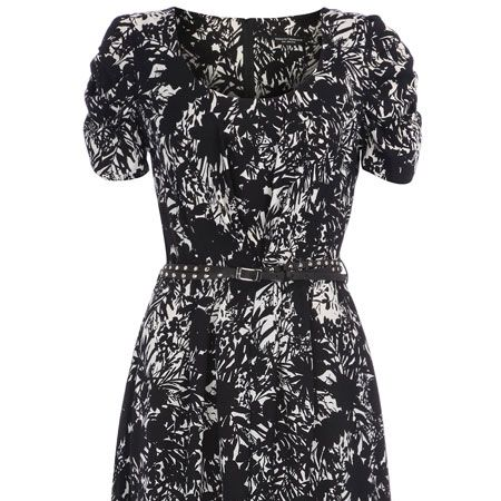 "<p>The skater skirt trend takes on a new form in to this shadow-print dress and it comes with a free skinny belt that you can use over and over again!<br /></p><p> </p><p>£35, <a target=""_blank"" href=""http://www.dorothyperkins.com/webapp/wcs/stores/servlet/ProductDisplay?beginIndex=0&viewAllFlag=&catalogId=33053&storeId=12552&productId=2039051&langId=-1&sort_field=Relevance&categoryId=208648&parent_categoryId=208600&sort_field=Relevance&pageSize=20"">dorothyperkins.com </a><br /></p>"