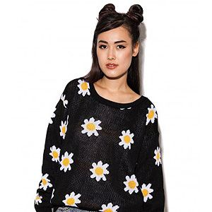 """<p>Get yo' grunge on when it gets chilly at your festival and nod to the 90s with this slouchy oversized knit.</p><p>Daisy knit jumper, £14.99, <a title=""""http://www.daisystreet.co.uk/arabella-daisy-knit-jumper"""" href=""""http://www.daisystreet.co.uk/arabella-daisy-knit-jumper"""" target=""""_blank"""">Daisy Street</a></p>"""