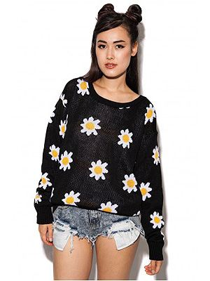 "<p>Get yo' grunge on when it gets chilly at your festival and nod to the 90s with this slouchy oversized knit.</p> <p>Daisy knit jumper, £14.99, <a title=""http://www.daisystreet.co.uk/arabella-daisy-knit-jumper"" href=""http://www.daisystreet.co.uk/arabella-daisy-knit-jumper"" target=""_blank"">Daisy Street</a></p>"