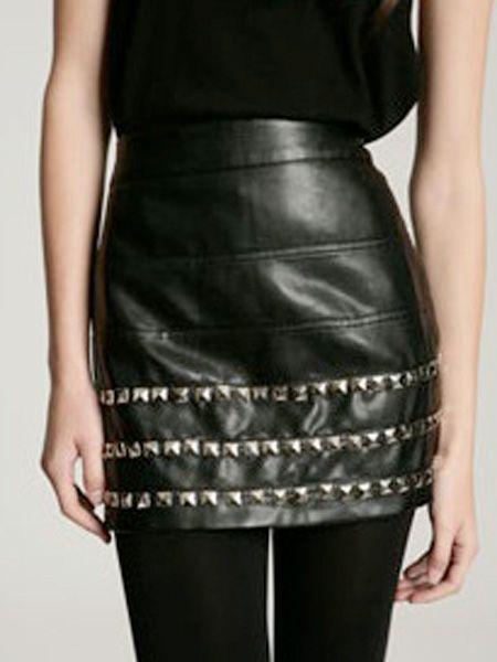 "<p>AAaahhhh, how amazing is this skirt! I need this now- and its in the sale! wahey! </p><p> </p><p>£29.99, <a target=""_blank"" href=""http://www.urbanoutfitters.co.uk/Silence-+-Noise-Pleather-Studded-Mini/invt/5120412471846&bklist="">www.urbanoutfitters.co.uk</a><br /></p>"