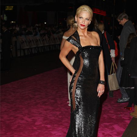At the St Trinian's 2: The Legend of Fritton's Gold premiere Sarah steals the show on the pink carpet, looking like a true Hollywood starlet in a stunning figure-hugging floor-length cut-out gown<br />
