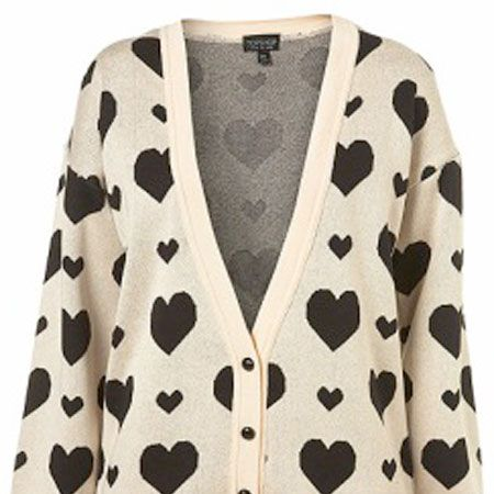 """Left: Whether you're out with the boy or chilling with the girls, who wouldn't want to snuggle up in this lovely cardi?<br />£40, <a target=""""_blank"""" href=""""Left: Whether you're out with the boy or chilling with the girls, who wouldn't want to snuggle up in this lovely cardi? £40 http://www.topshop.com/webapp/wcs/stores/servlet/ProductDisplay?beginIndex=0&viewAllFlag=&catalogId=19551&storeId=12556&categoryId=194514&parent_category_rn=42317&productId=1591566&langId=-1&intcmpid=DAILYFIX_IP_UK_WK24_WED_2 """">www.topshop.com</a><br />"""