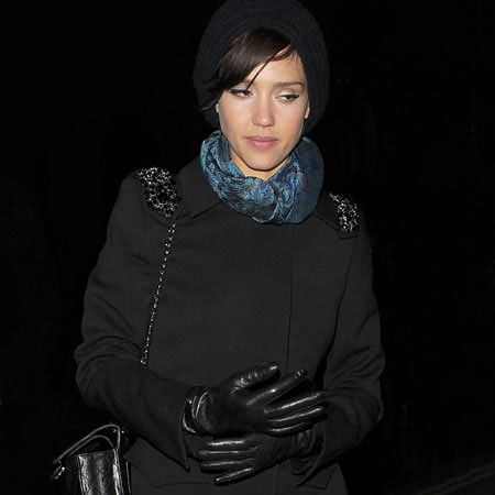 """<a href=""""tags/jessica-alba"""">Jessica Alba</a> was wrapped up against the February freeze as she arrived at The Wolseley for dinner with friends. The actress is currently over in the UK for the European premiere of rom-com, 'Valentine's Day', co-starring <a href=""""tags/jessica-biel"""">Jessica Biel</a>, <a href=""""tags/julia-roberts"""">Julia Roberts</a>, Eric Dane, <a href=""""tags/ashton-kutcher"""">Ashton Kutcher</a> and <a href=""""tags/anne-hathaway"""">Anne Hathaway</a>.<br /><br />"""