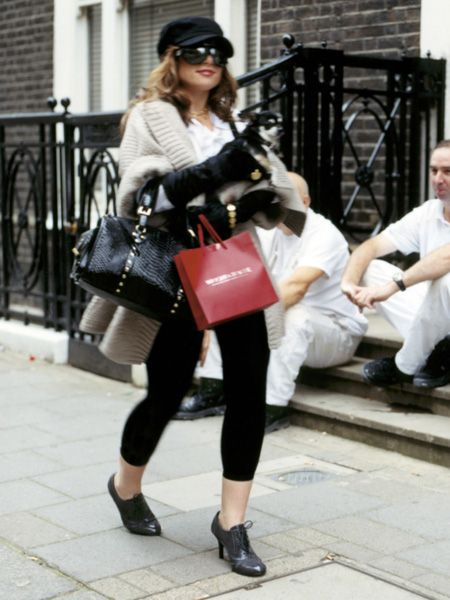 The week we've been waiting for has arrived: London Fashion Week! To celebrate all things style we've got the recipe for the chic cocktail served after the shows, a male model to add as your new man crush, discounted tickets for London Fashion Weekend plus an afternoon tea designed by Lulu Guinness – enjoy! <br />