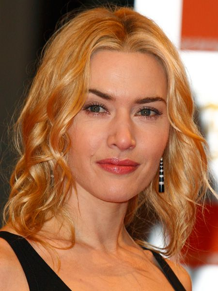 <p>Cosmo's Beauty Editor, Kate Turner, gives her verdict on the red carpet hair and beauty from the BAFTA awards 2010</p>  <p>Left: <strong>Kate Winslet</strong></p>  <p>Loving how Kate ditches traditional red lipstick and goes for the power-brows and lashes combo instead. Her soft tousled hair is also a lovely anti-red carpet statement. </p>  <p>Verdict: Hit <br /></p>