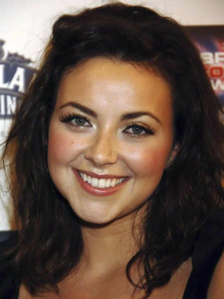 <p>Round faces don't have any angular features, and a super-feminine face needs super feminine hair, like soft curls and waves.</p>  <p><strong>Left</strong>: Charlotte Church's uses a long bob to shape her face and added waves for texture and volume, which also slims out her features</p>