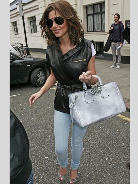 <h3>The celebs have re-written the jean rules for spring. This season it's all about paler palettes, experimental patterns and doubling up your denim </h3>  <p>Left:<strong> Cheryl Cole's</strong> been showcasing her grungy side in a variety of different denim - from paint splash printed jeans to these super skinny bleached buys</p>