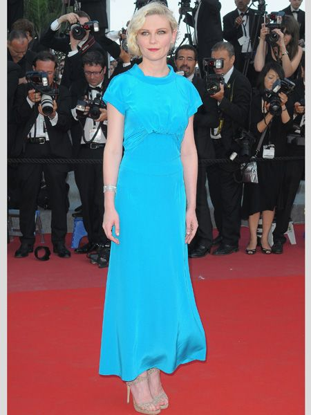 <p>The actress showed her colours in a bold aqua silk frock by Chanel with almost iridescent shoes </p>