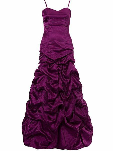 "<p>Turn heads and drop jaws with this wowzer gown. And have you <em>seen</em> the price tag?</p>  <p>£40, <a target=""_blank"" href=""http://www.newlook.com/shop/teens/clothing/hitched-prom-dress_195315350?extcam=AFF_AFW_ShopStyle+UK"">www.newlook.com</a></p>"