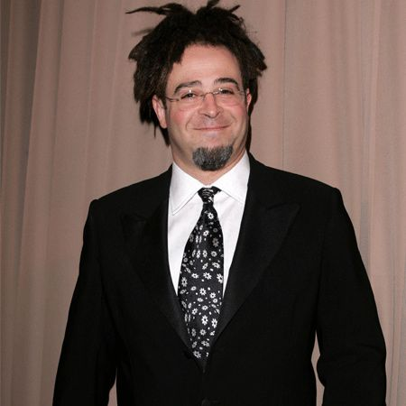 In the same year she split from Charlie, Jennifer became romantically involved with an unlikely candidate for her affections: Adam Duritz, frontman of Counting Crows. Strangely, after they split in 1995, Adam hooked up with Courtney Cox. It seems that good friends share everything!