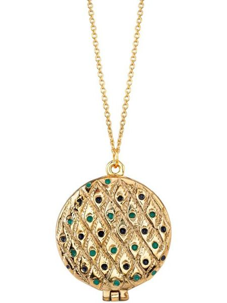 "<p>This peacock feather locket from the collection is similarly to die for. She's not called a style icon for nothing!</p>  <p>£105, <a target=""_blank"" href=""http://www.3elevenboutique.com/buy.aspx/41106"">www.3elevenboutique.com</a></p>"