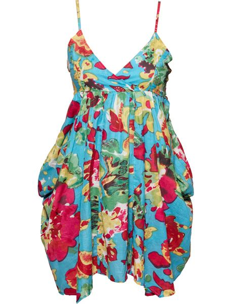"<p>Check out this sexy sundress! The punchy print won't fail to get you noticed, day or night</p>  <p>£8, <a target=""_blank"" href=""http://www.boohoo.com/FashionClothing/index.php?id=AZZ88707&code=AZZ88707-216-18&size=10&color=TURQUOISE"">www.boohoo.com</a> </p>"