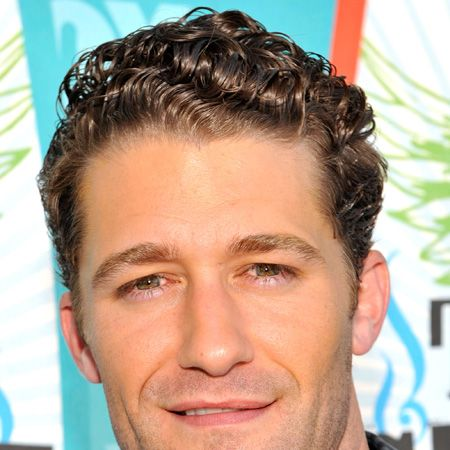 <p>The gorgeous Glee star rocked the red rug solo (minus Kelly Brook) which only makes us smile as we're guessing he's still single and there's still hope for us...</p>