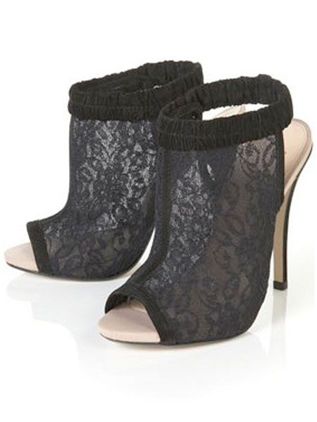 "<p>If there was ever a statement shoe with Cosmo's name on it it's these babies from Topshop. These lacy peep-toe numbers are just begging to hit the town with us next weekend</p>  <p>Renee lace mesh peep toe heels, £68, <a target=""_blank"" href=""http://www.topshop.com/webapp/wcs/stores/servlet/ProductDisplay?beginIndex=60&viewAllFlag=false&catalogId=33057&storeId=12556&categoryId=216497&parent_category_rn=208491&productId=1995472&langId=-1"">Topshop.com  </a></p>"