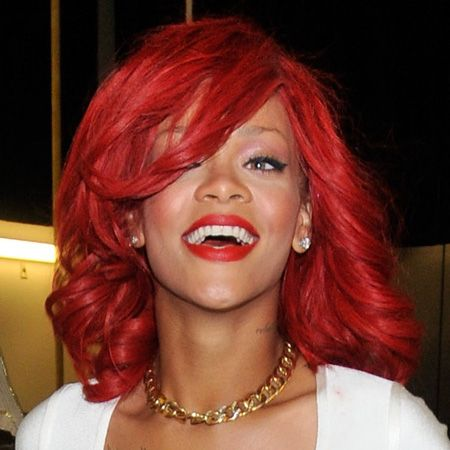 <p>Oh, how we love the way Ri dyes! The singer has emerged with a bright red, longer look at the same time as the rumours of her engagement to new boyf Matt Kemp.  Proof that love can make your beauty blossom! </p>
