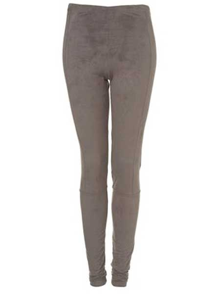 """<p>Suede is making a come-back and these leggings are so touchably-soft. We won't be held responsible if they lead to some leg-stroking action</p><p>£25, <a target=""""_blank"""" href=""""http://www.topshop.com/webapp/wcs/stores/servlet/ProductDisplay?beginIndex=0&viewAllFlag=false&catalogId=33057&storeId=12556&categoryId=216497&parent_category_rn=208491&productId=2023049&langId=-1"""">topshop.com</a>  </p>"""