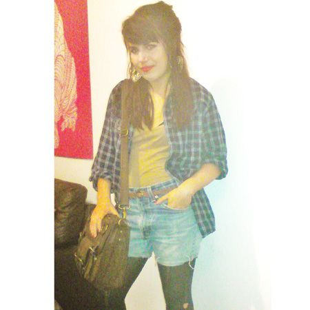 """<p>Jenelle Murray-King is studying History and Politics at Queen Mary. She says of her style:""""I like to mix vintage bargains with high street fashion, I think I should win because I love to customise my own clothes and I'm a saavy shopper!""""</p>"""