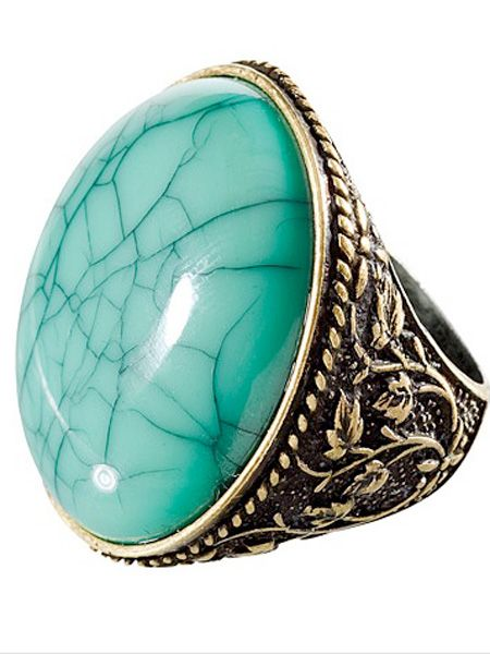 "<p>This fierce ring is the perfect stocking filler or secret santa find for girls who like their accessories. The mint green stone and gold detailing will fool friends into thinking this is a vintage shop find</p><p><br /><br />£3.99, <a target=""_blank"" href=""http://shop.hm.com/gb/shoppingwindow?dept=DAM_ACC_SMY&shoptype=S"">hm.com</a><br />  </p>"