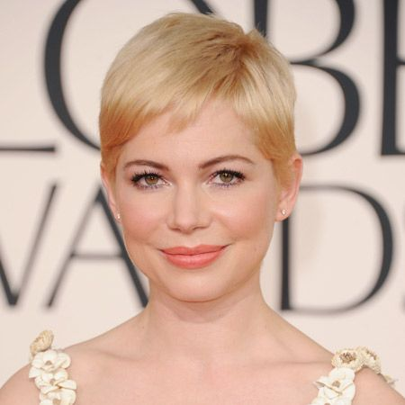<p>There's little she can do with her short blonde crop but Michelle Williams made up for it with her pretty pastel makeup. Nominated for Best Actress at the Golden Globes, she ditched the black eyeliner in favour of a subtle silvery blue and painted her pout a soft peach sorbet shade. Complementing her complexion and eye colour, she proves she can work a colour palette as well as the rest of her red carpet peers</p>