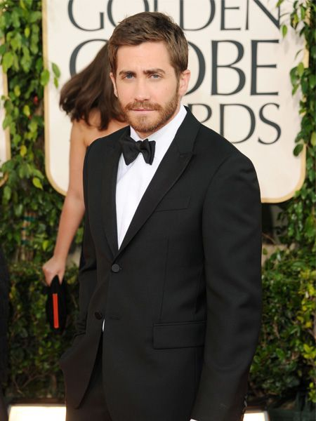 Newly single Love and Other Drugs star Jake Gyllenhaal looking hot hot hot as he arrives for the awards
