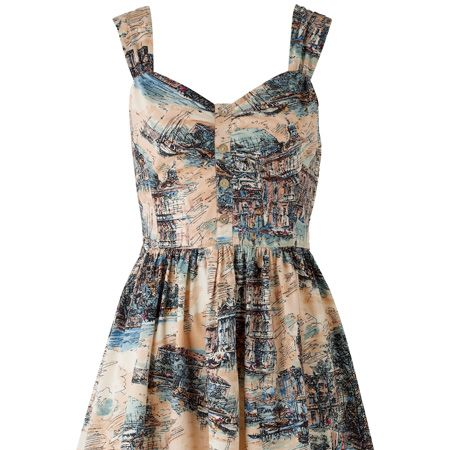 """<p>We've fallen for this Venice print 50s style dress inspired by the Prada one worn by the lovely Carey Mulligan. This looks sure to sell-out so get in there quick!</p><p>£29.99, <a target=""""_blank"""" href=""""http://www.newlook.com/shop/womens/dresses/scenic-print-prom-dress_211458119"""">newlook.com</a> </p>"""