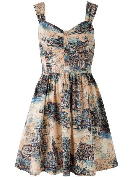 "<p>We've fallen for this Venice print 50s style dress inspired by the Prada one worn by the lovely Carey Mulligan. This looks sure to sell-out so get in there quick!</p>  <p>£29.99, <a target=""_blank"" href=""http://www.newlook.com/shop/womens/dresses/scenic-print-prom-dress_211458119"">newlook.com</a> </p>"