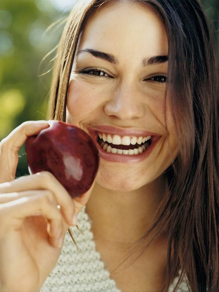 <p>If you (like us) love your grub, make sure you're not overindulging on the wrong choices, but on foods that you can not only get greedy with, but get gorgeous with too! Girls, here are the foods that will boost your beauty...</p>