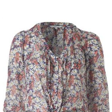<p>Bare your midriff and pair this delicate daisy print blouse with denim flares and a floppy hat for a sublime 70s look</p>