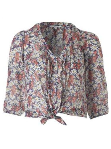 "<p>Bare your midriff and pair this delicate daisy print blouse with denim flares and a floppy hat for a sublime 70s look</p>  <p>Daisy tie up blouse, £19.99, <a href=""http://www.newlook.com/shop/womens/tops/daisy-tie-up-blouse_214078912"" target=""blank"">newlook.com</a></p>"