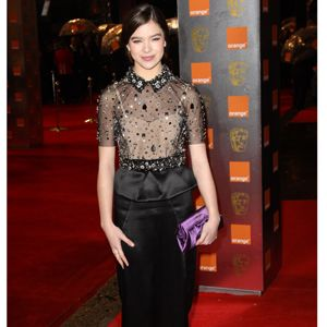 One to watch both on screen and off screen, True Grit heroine, Hailee Steinfeld chose a demure but dazzling Miu Miu dress for her appearance in the BAFTA spotlight