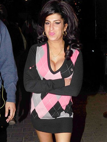 <p>Hurrah, Amy Winehouse has been spotted back in the recording studio - does that mean we might finally get a follow up to 2006's Back to Black? Of course, the newly-buxom singer hit Camden after leaving Abbey Road. Somethings never change</p>