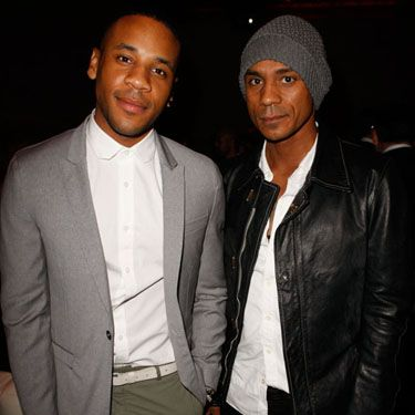 <p>Reggie Yates was looking particularly dapper in a white button-up shirt, grey blazer and green jodhpurs. Someone's got equestrian fever!</p>